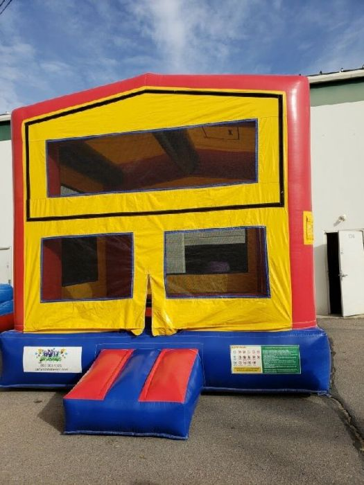 Remarkable Sold Modular Bounce House 16847 Home Interior And Landscaping Ferensignezvosmurscom